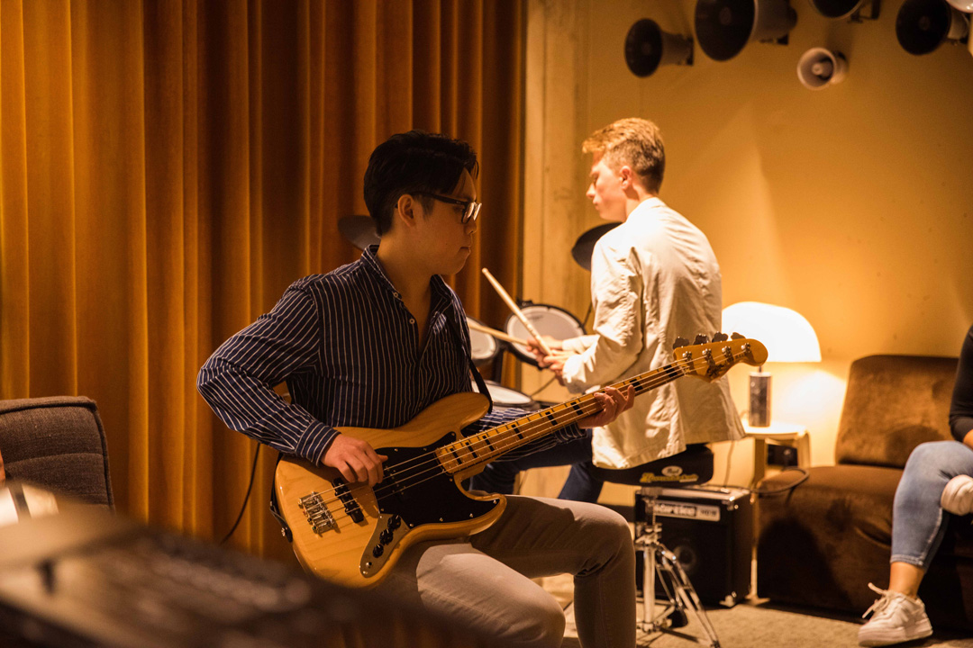 OurDomain Amsterdam South East Facilities: Music Room Thumbnail