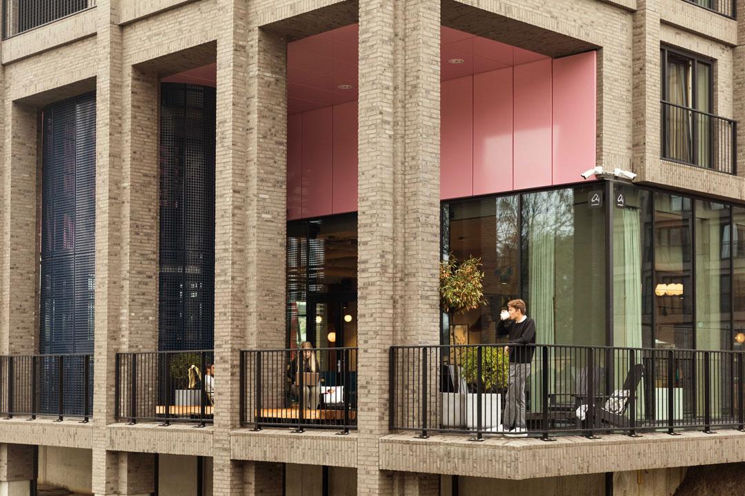 OurDomain Amsterdam South East Facilities: Terrace Thumbnail