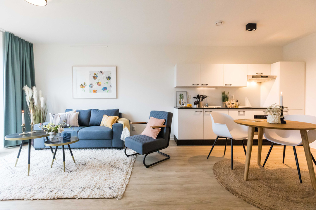 OurDomain Amsterdam South East Homepage: 2 bedroom apartment living room in West House