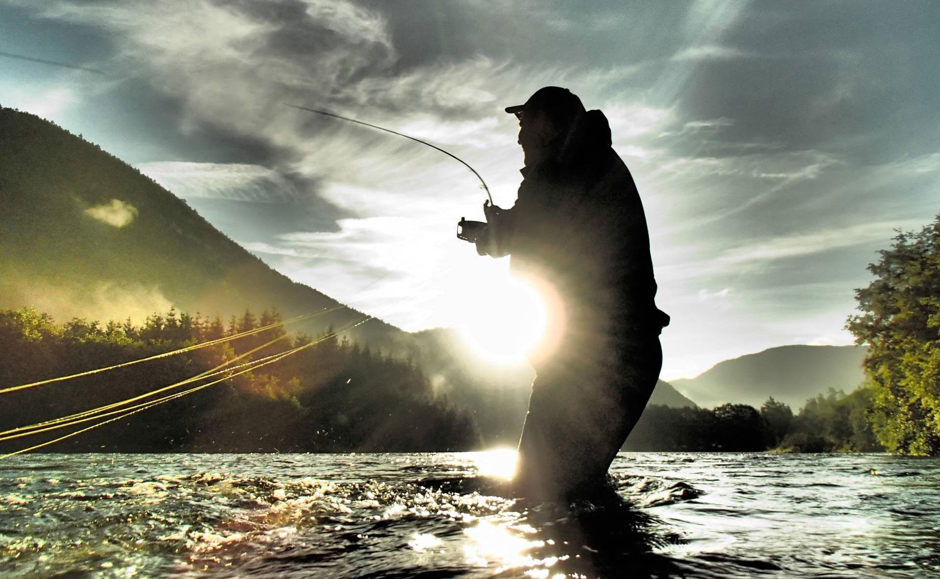 Salmon fishing in Suldalsågen