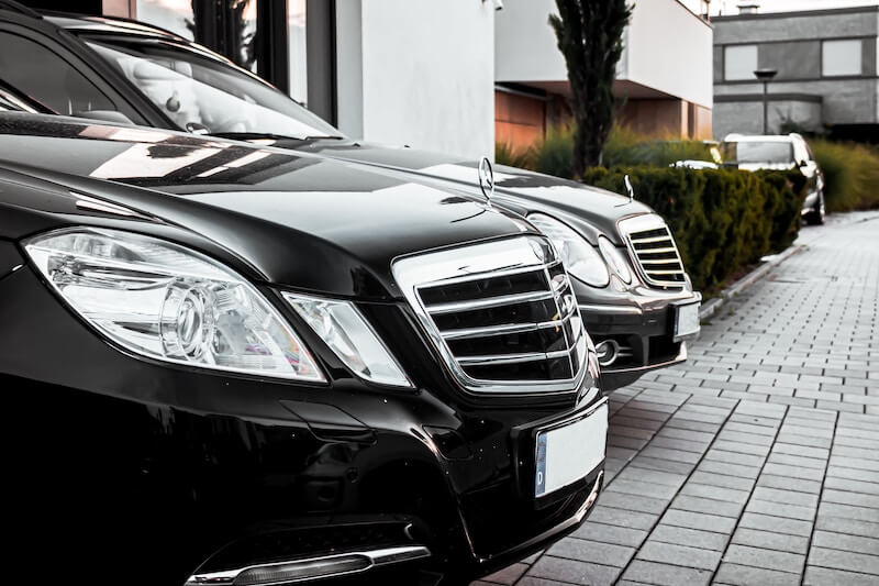 We provide a complete software solution for your Chauffeur and Limo Service, from a premium chauffeur app tailored to your brand, to comprehensive cloud-management of your driver fleet and bookings.