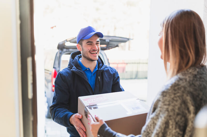 Make your last mile deliveries more transparent, automated and efficient with our mobile apps for drivers and cloud-based dispatching dashboards.