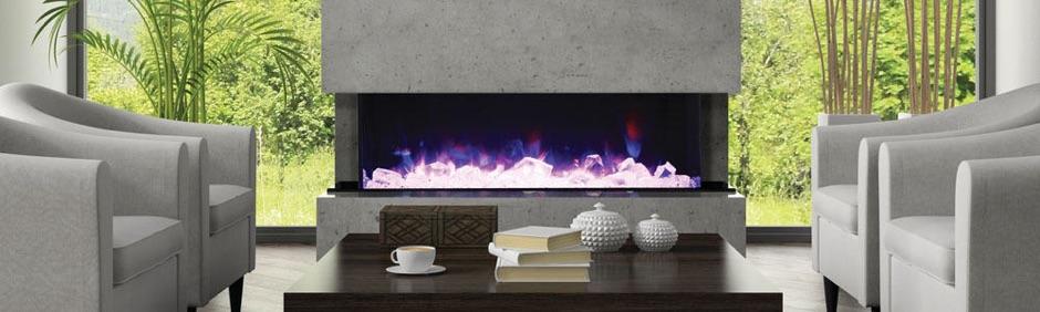 """72-TRU-VIEW-XL d'Amantii offre un foyer 3 faces entièrement électrique d'une profondeur d'un peu plus de 14"""" et d'une largeur avant frôler le 72""""! Bien sûr la sélection de flammes de couleur bleue, rose, violette, jaune ou orange est ajustable en un seul clic à l'aide de la télécommande."""