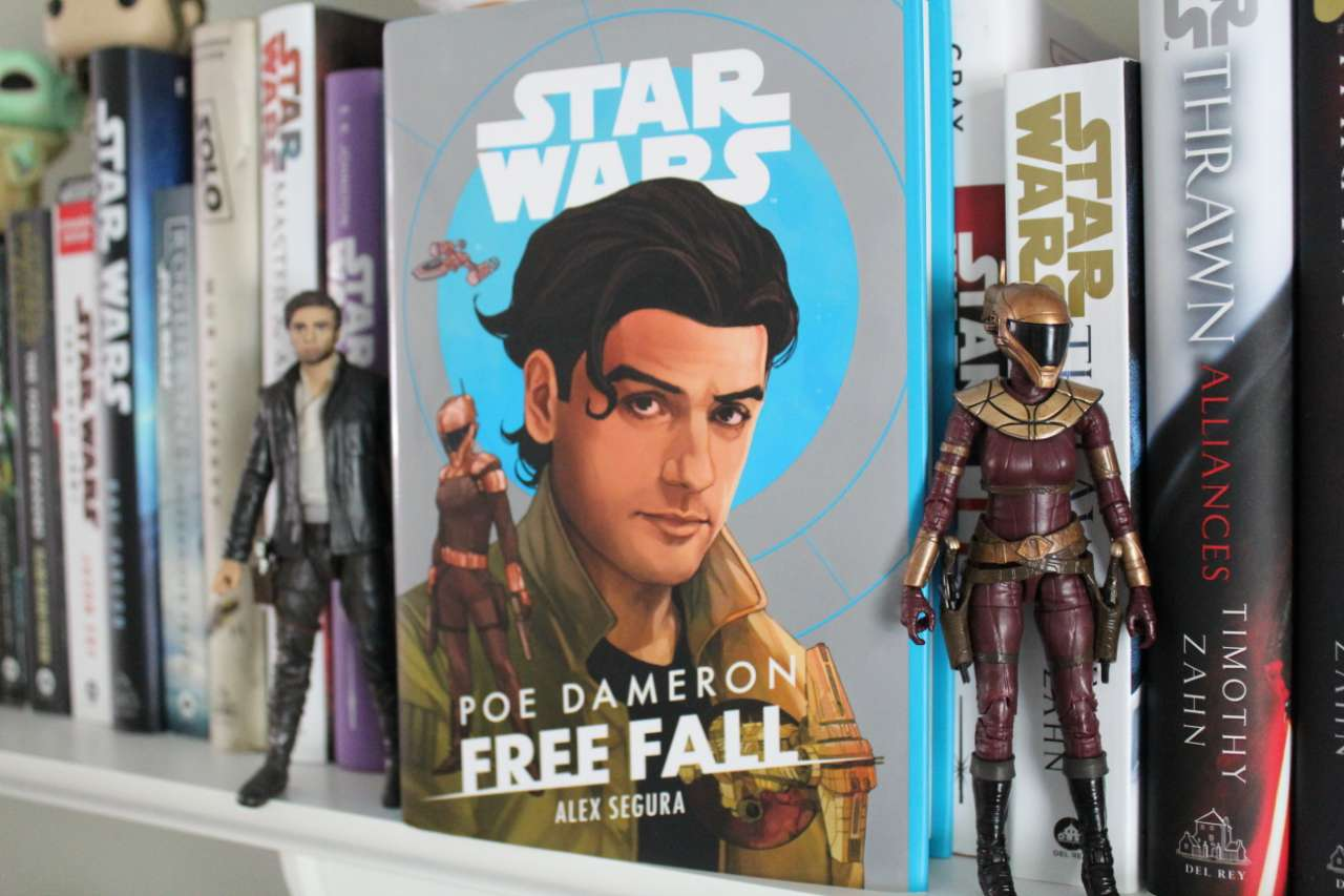 Poe Dameron: Free Fall cover and figures from Youtini