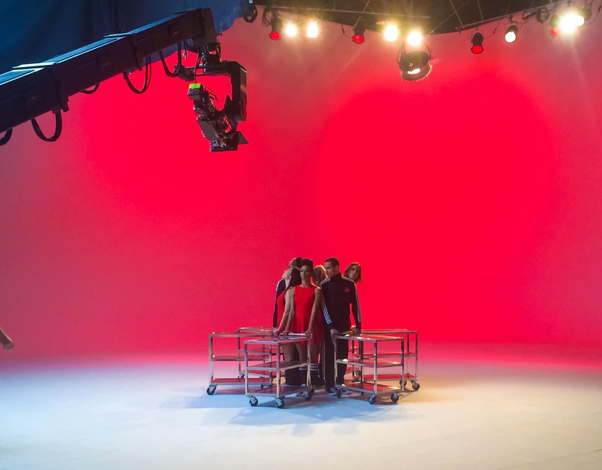 Tv-commercials-pizza-hut-asher entertainment-food-fun-set-filming-crew-cast-commercial-dancers