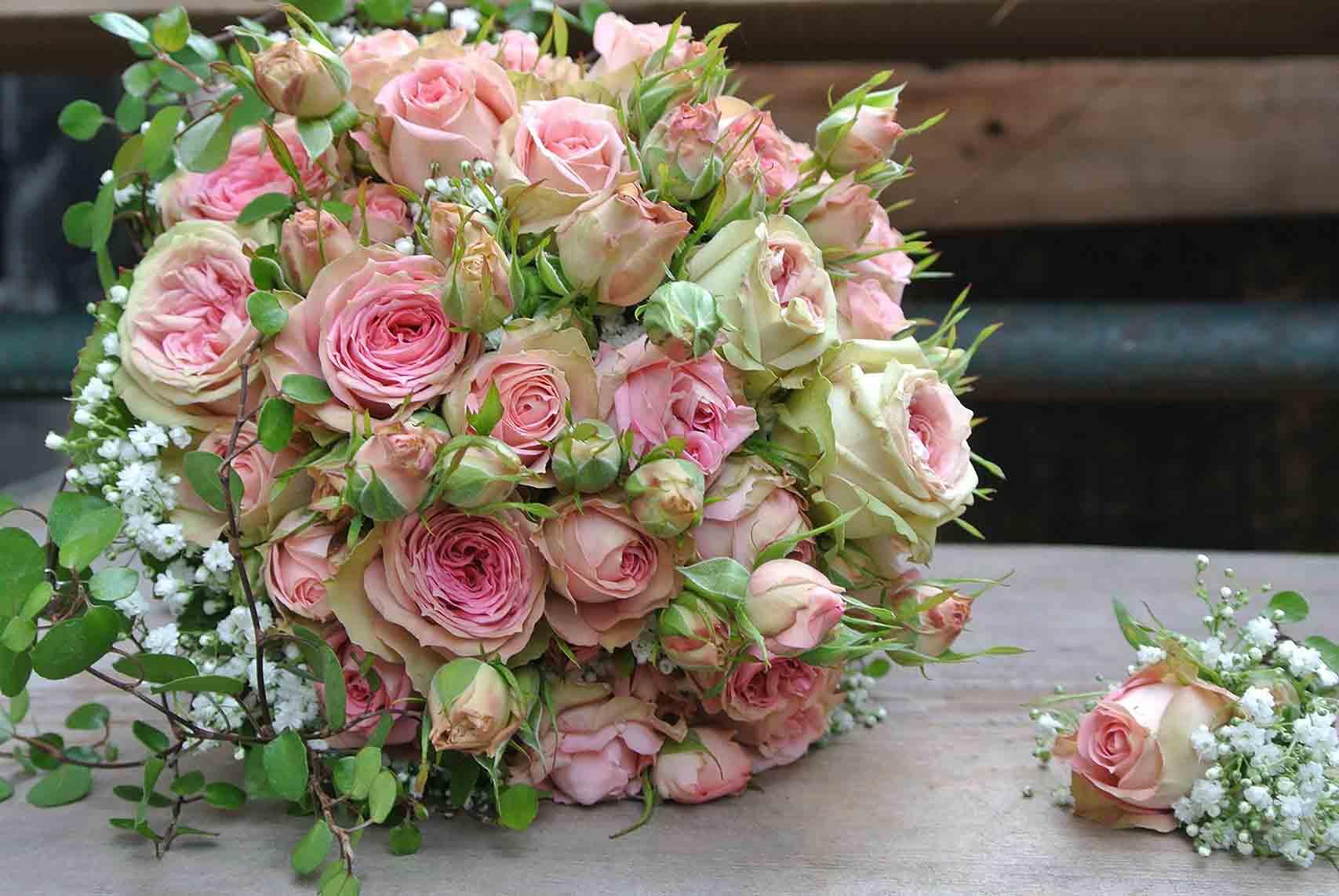 Blumen Akzente | Hochzeitsdekoration & Floristik