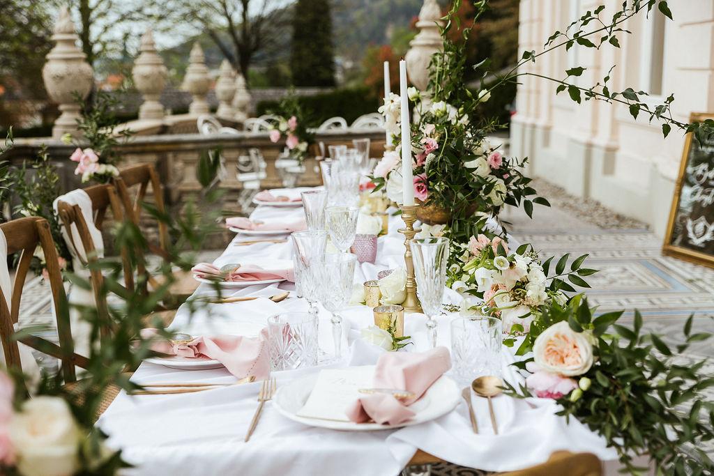 Liebeleih   Dekoration, Blumen & Möbel