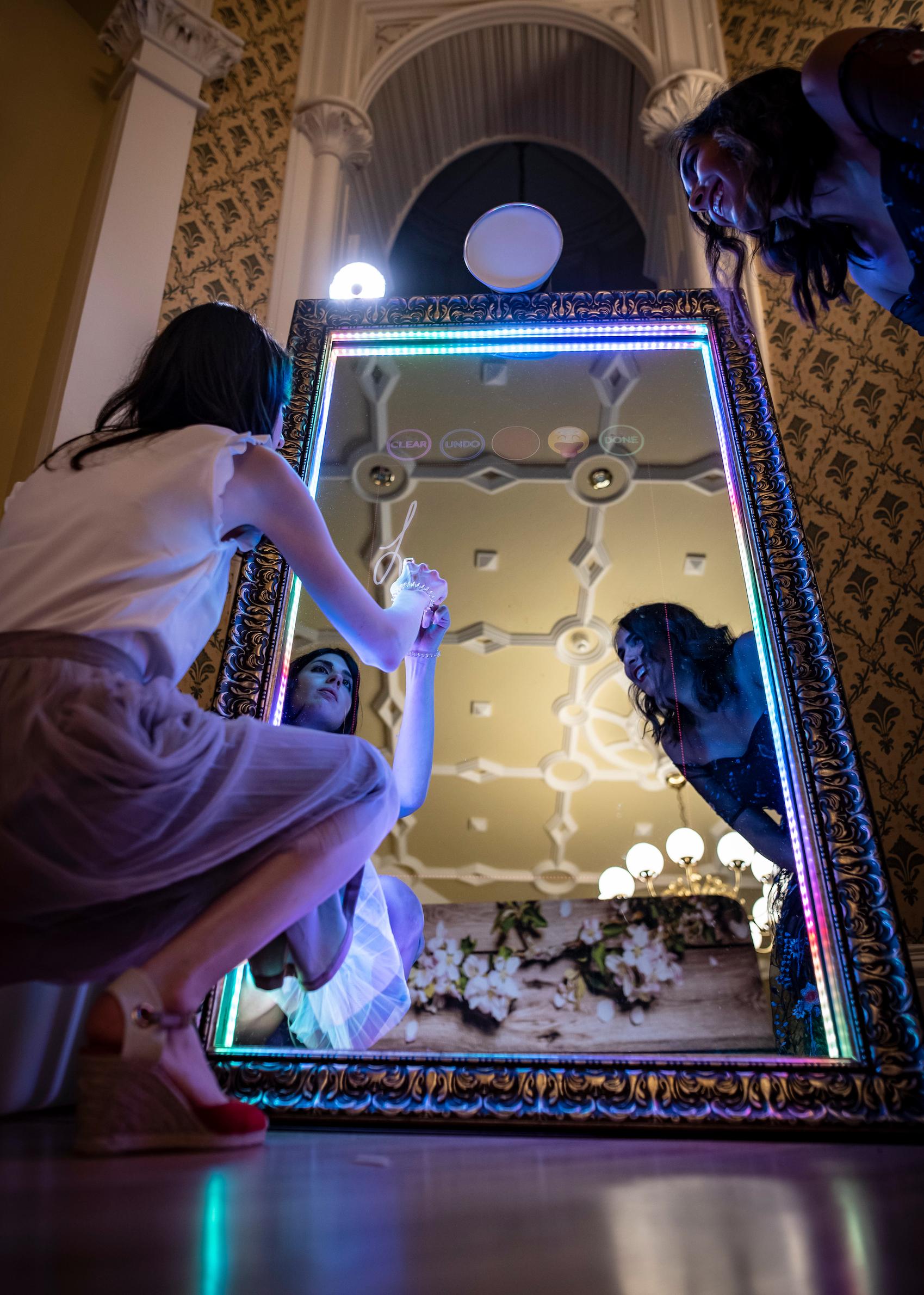 photomakers.at | Magic Mirror & mehr für eure Hochzeit