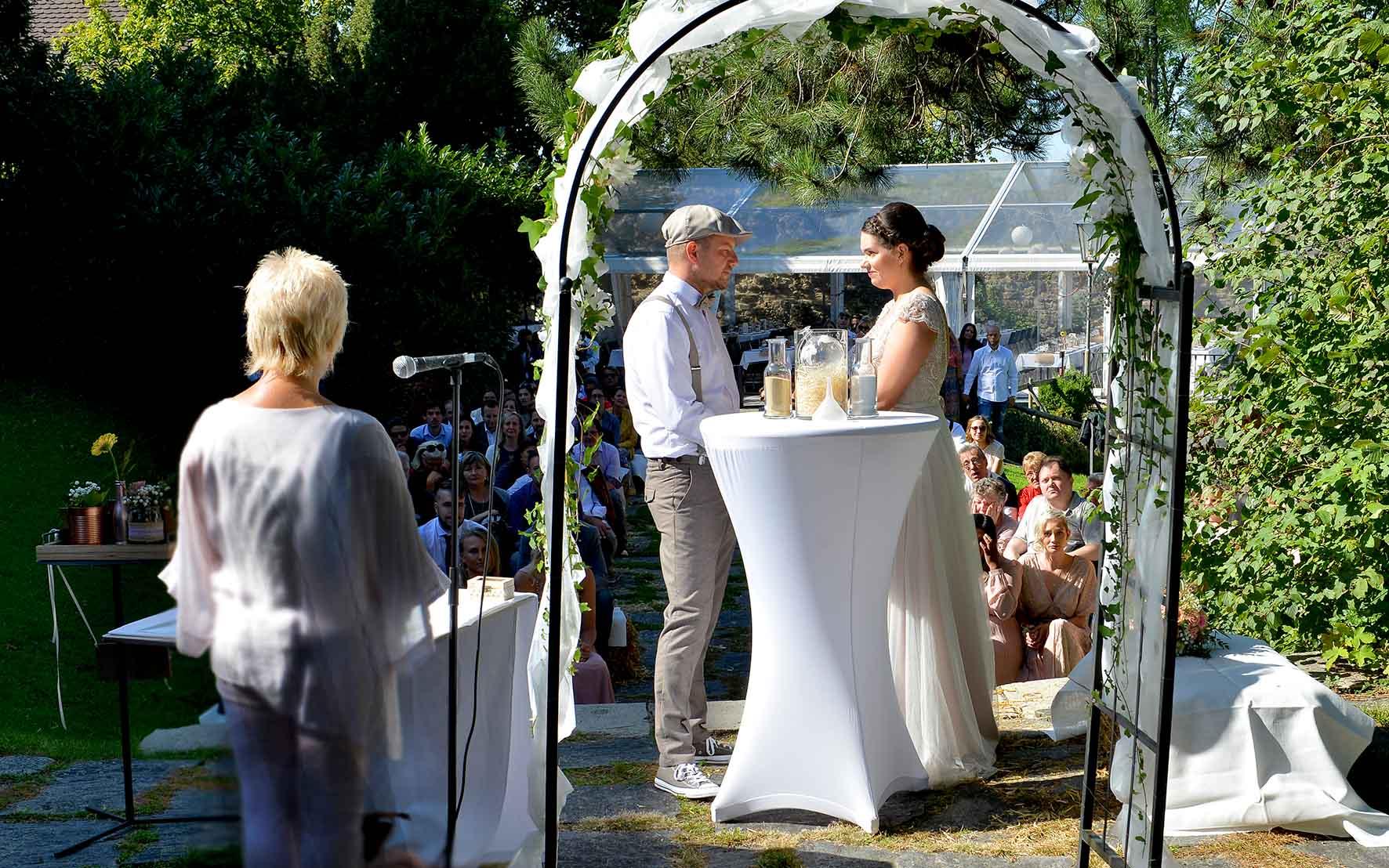 Hochzeitsrednerin Alexandra Pinter