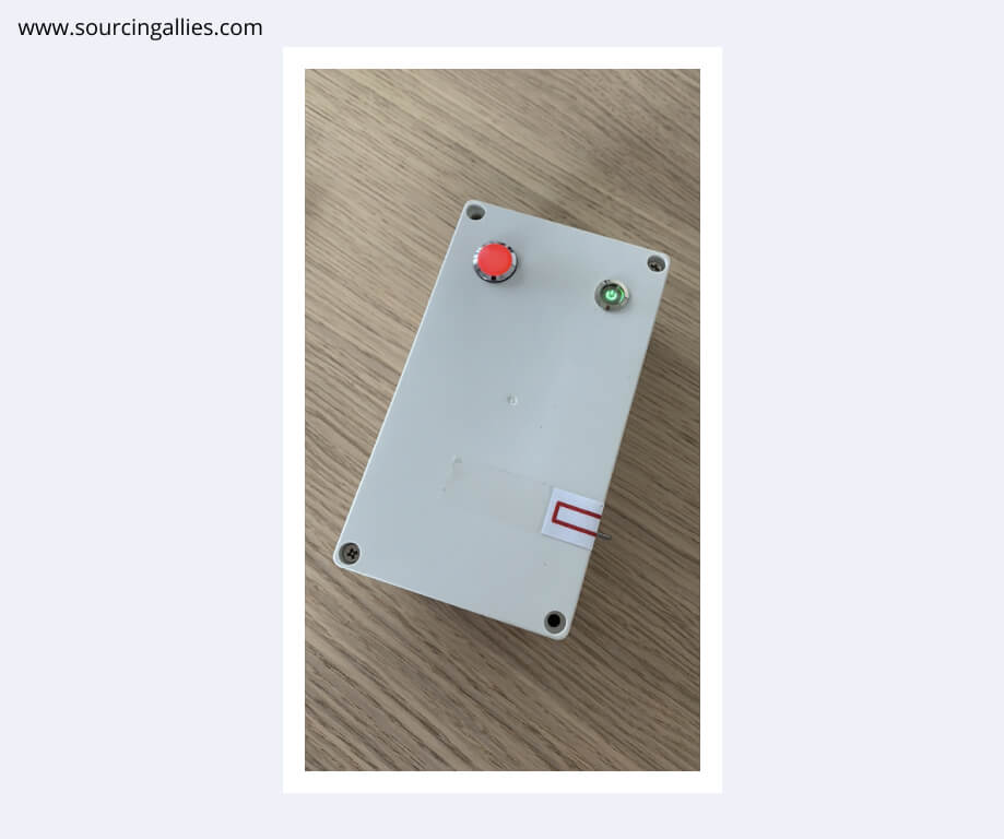 A check box we designed for one of our clients. The red light indicates the part has not been manufactured correctly.