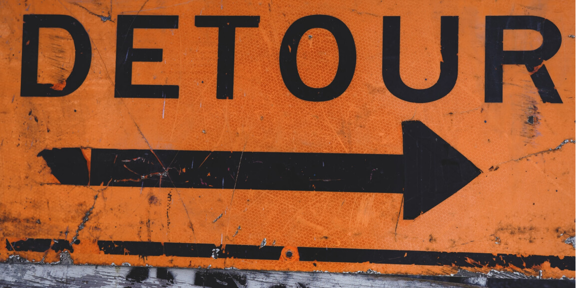 Low-cost country sourcing - Detour sign