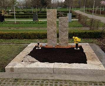 Doppelgrabstein Hauptfriedhof