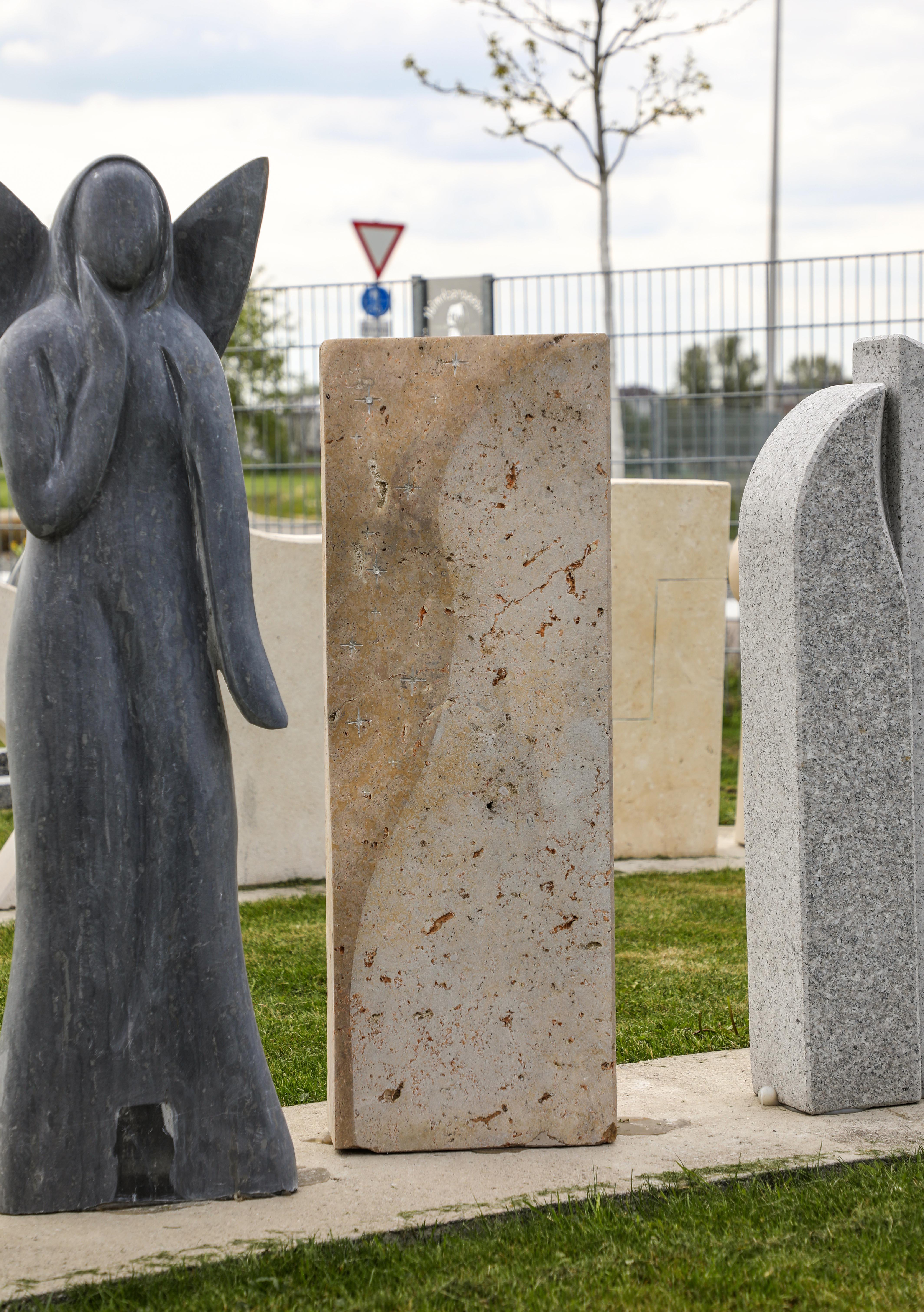 schöne günstige und moderne Einzelgrabsteine Grabstein in Deutschland