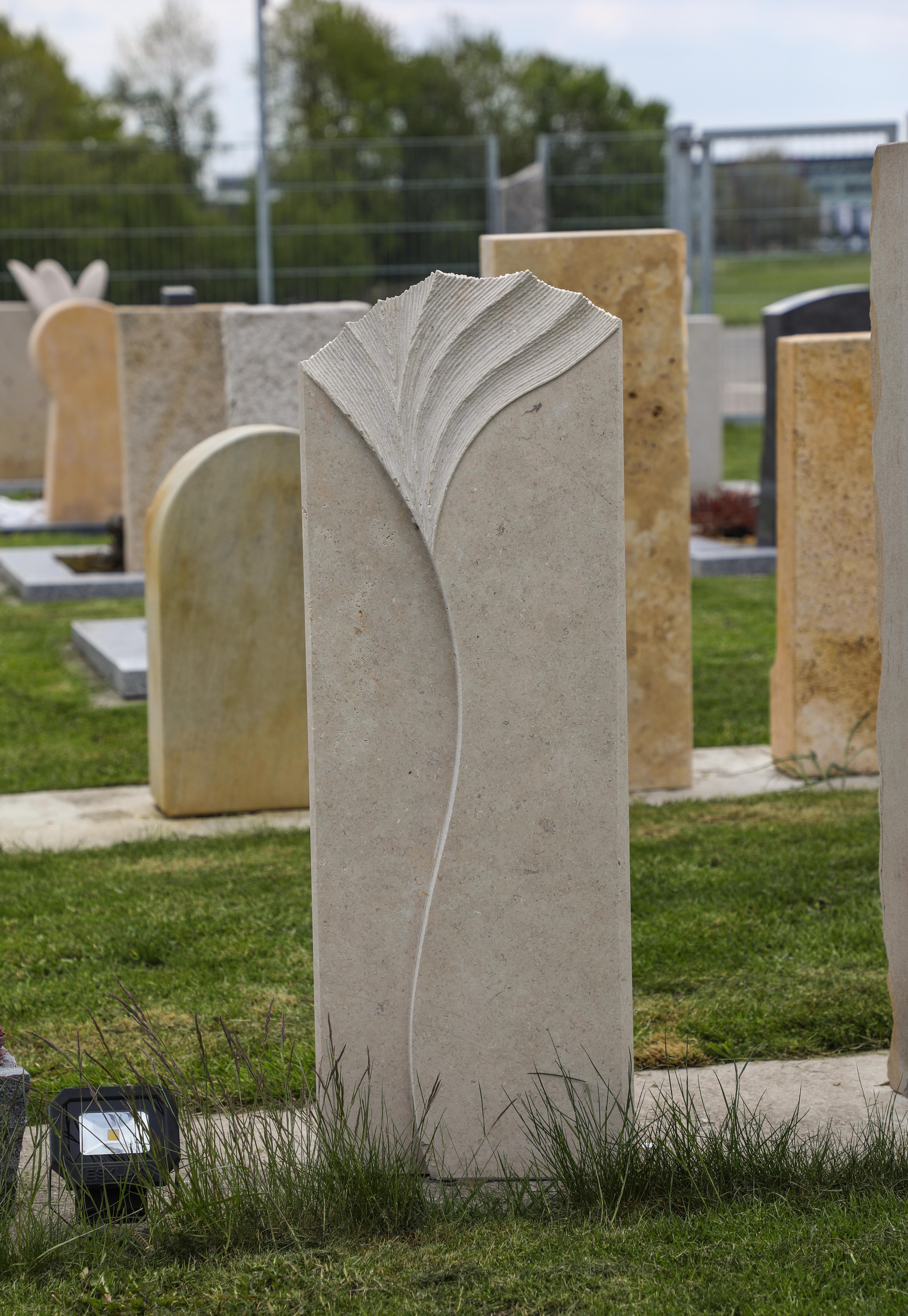 schöne günstige und moderne Grabsteine Einzelgrabsteine preise in Deutschland produziert