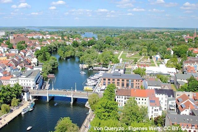Grabsteine Jahrtausenbrücke Brandenburg an der Havel