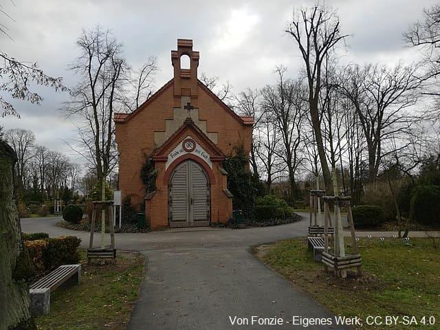 Trauerhalle Oranienburg Grabmale