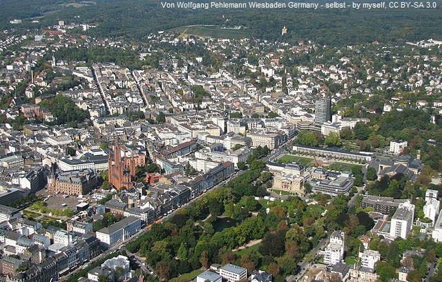 Grabsteine in Wiesbaden Luftaufnahme