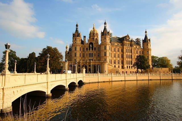 Grabsteine Schwerin Schloss Messerschmidt