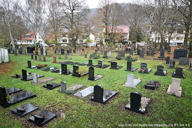 Grabstein in Marburg Friedhof