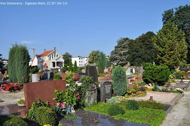 Grabstein in Bad Homburg auf Friedhof