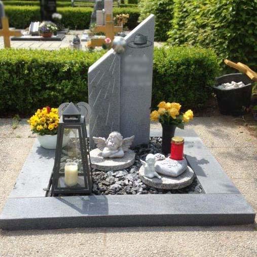 schöner Urnengrabstein vom Steinmetz