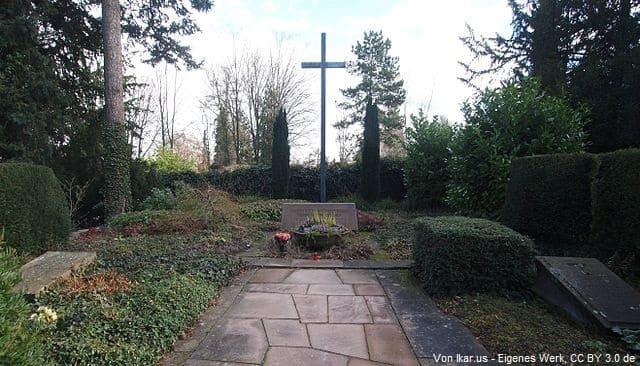 Grabstein in Ludwigsburg Friedhof