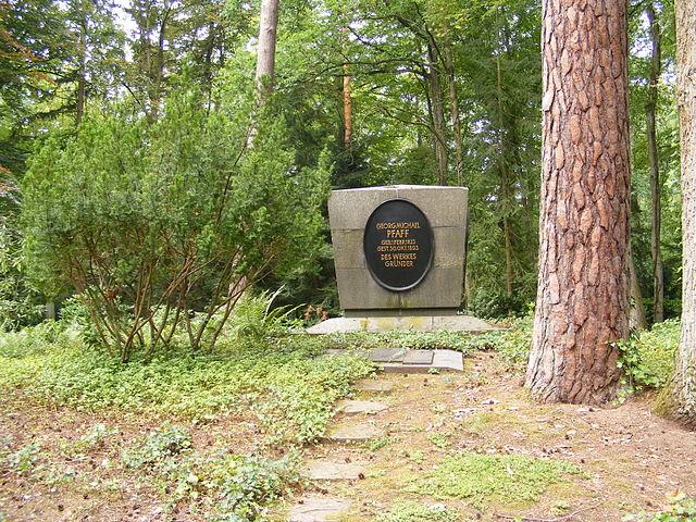 Grab-Georg-Michael-Pfaff-Hauptfriedhof-Kaiserslautern
