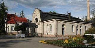 Coburg-Trauerhalle-Friedhof-Grabsteine