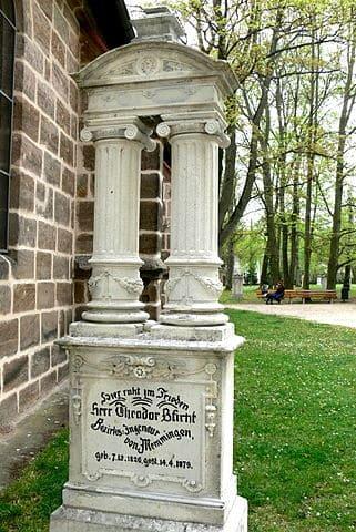 Schwabach-Friedhof-Grabstein Sticht