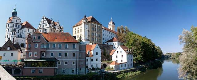 Neuburg-Steinmetz-Messerschmidt