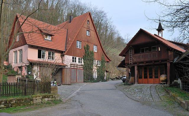 Grabmahl in Leonberg