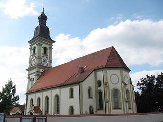 Erding-Kirche-Friedhof-Messerschmidt