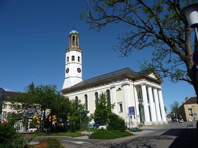 Zwölf-Apostel-Kirche-Frankental