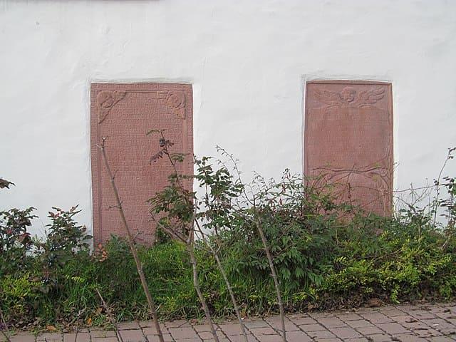 Mörfelden-Walldorf-Grabsteine-Steinmetz