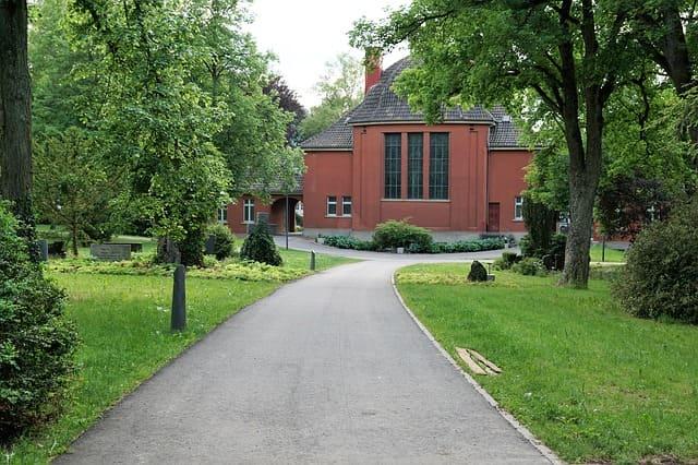Tuttlingen-Crematorium-Steinmetz