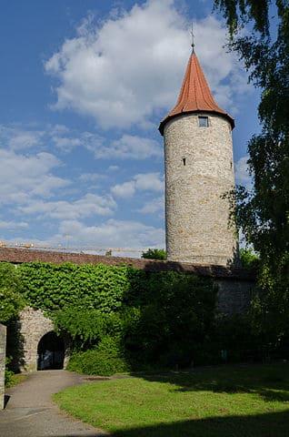 Crailsheim-Stadtmauer-Friedhof