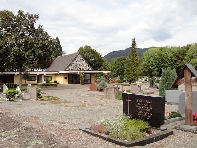 Friedhof-Biberach-Grabsteine