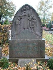 Kindergrabstein-Wiesloch-Friedhof