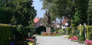 Weingarten-Kreuzbergfriedhof-Steinmetz