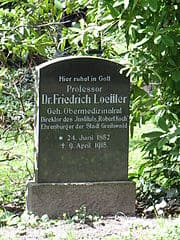 Greifswald-Alter-Friedhof-Grabstein