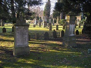 schöne Grabsteine in Iserloh Steinmetz Urnengrab Einzelgrab Doppelgrabstein schöne Grabmäler