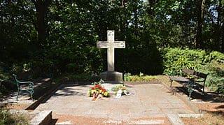 Burg-Friedhof