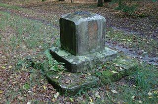 Grabmal in Ludwigsfelde
