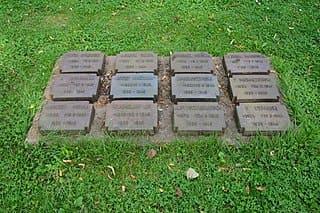 Rellingen-Friedhof-Gräber