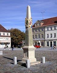 Neustadt-Sachsen-Säule