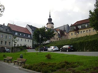 schöne Grabsteine in Hohenstein-Ernstthal Steinmetz Urnengrab Einzelgrab Doppelgrabstein schöne Grabmäler