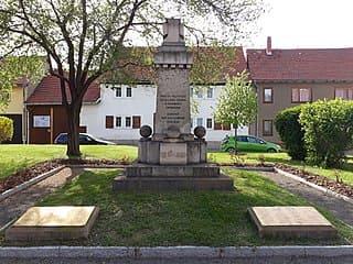 Drei-Gleichen-Kriegerdenkmal