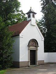 Grabmale in Neubiberg