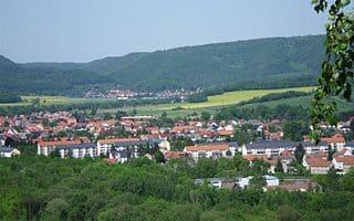 Harztor-Steinmetz-grabstein-Friedhof-bestattung
