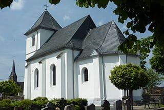 Langenfeld-Friedhof-Kirche